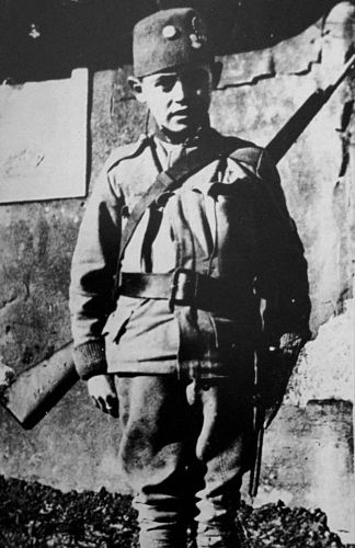 Elez Dervišević, age 14: the youngest Bosnian infantryman